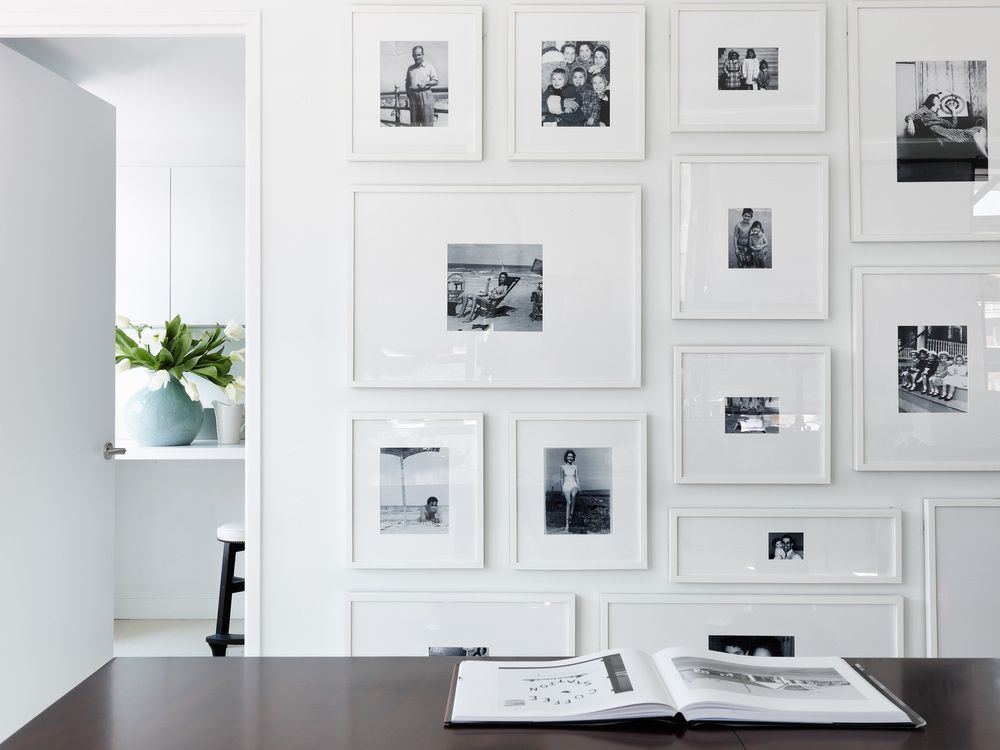 eye candy 10 gallery walls done right house home on best art gallery wall color id=61260