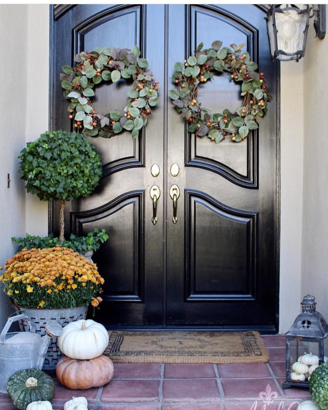 Sandra M Cavallo (@oldsilvershed) \u2022 Instagram photos and videos - Front Door Halloween Decorations