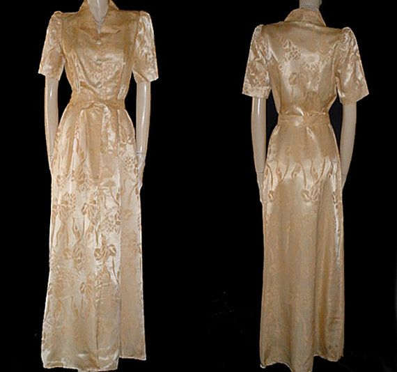 1940s Dressing Gown: Vintage 1940s Kamore Satin Dressing Gown In Gold Dust
