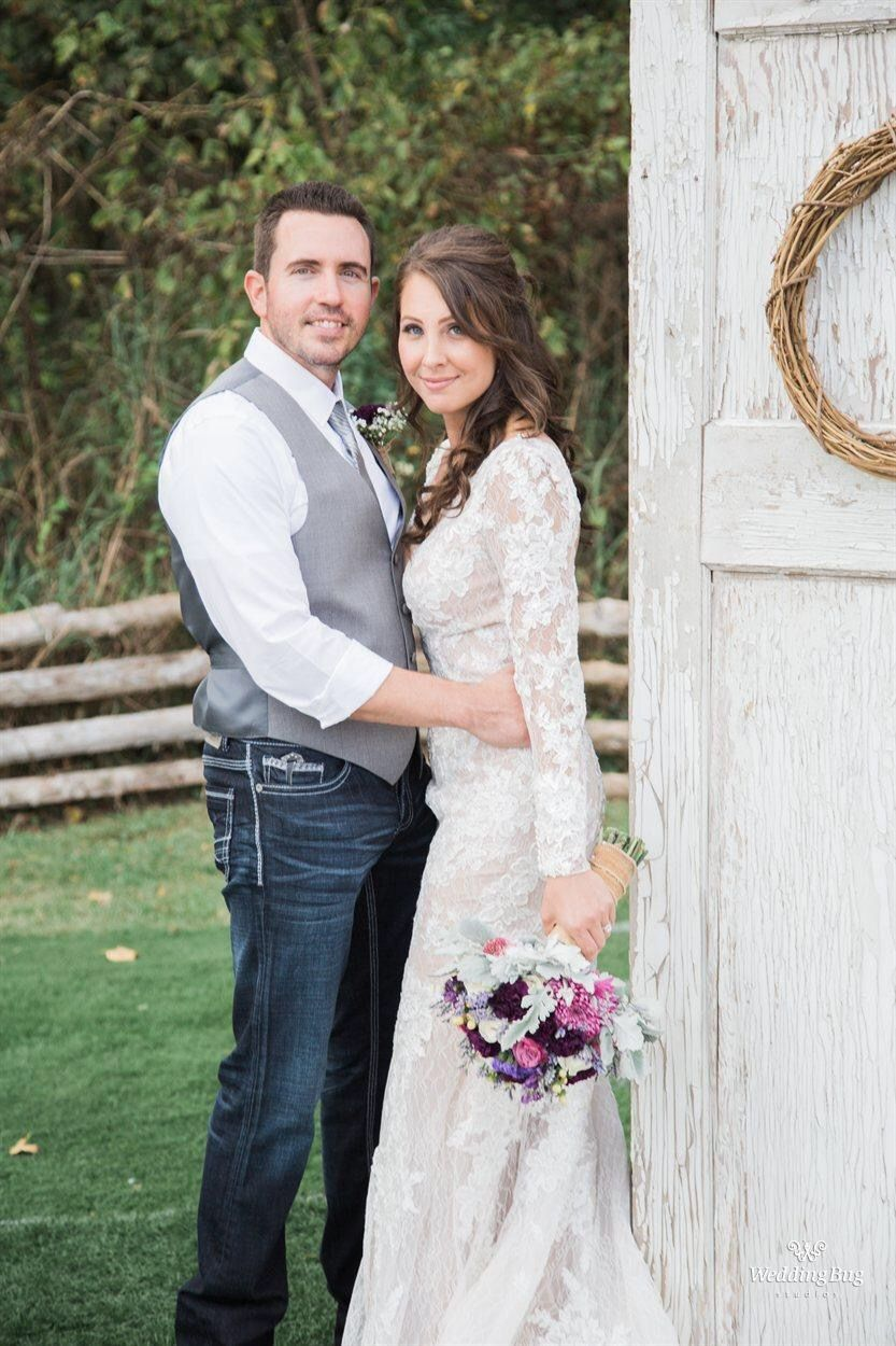 Fall wedding lace dress groom in jeans wedding ideas pinterest