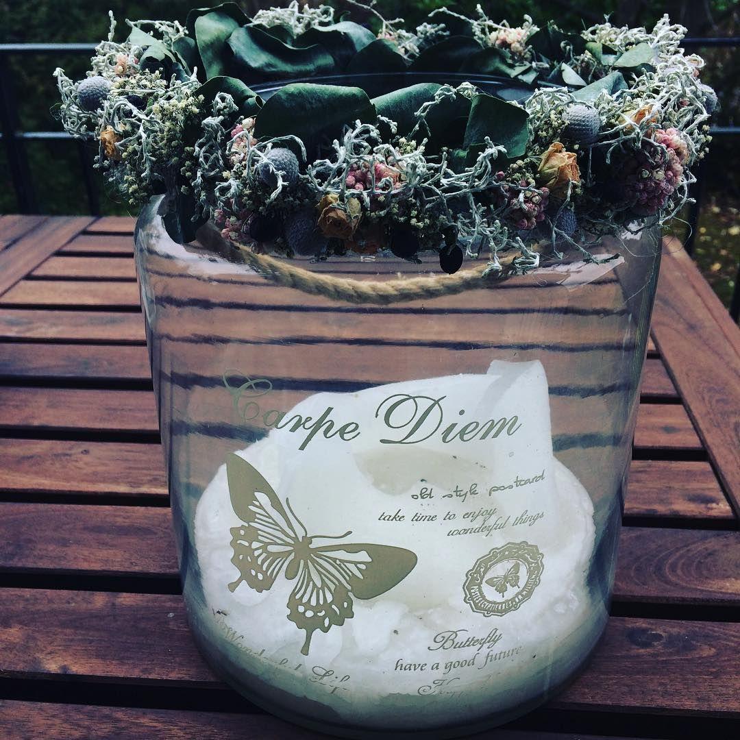 Carpe diem #winter #advent #cold #candle #flowers #homesweethome #homedecor #home #lifestyleblogger #lifestyleblog #lifestyle #carpediem #fashionblogger #fashionblog #fashion #instafashion #swissfashionblogger #swissmade #swissfashionblog #swissfashion #cozyhome #miaandthemouse