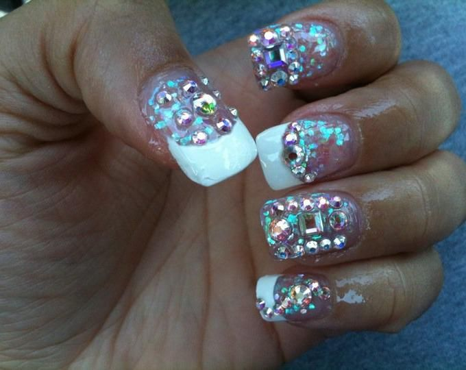 http://nails8.com/NAIL-PICS/3/Deirdras-Diamond-French-Tip.jpg ...