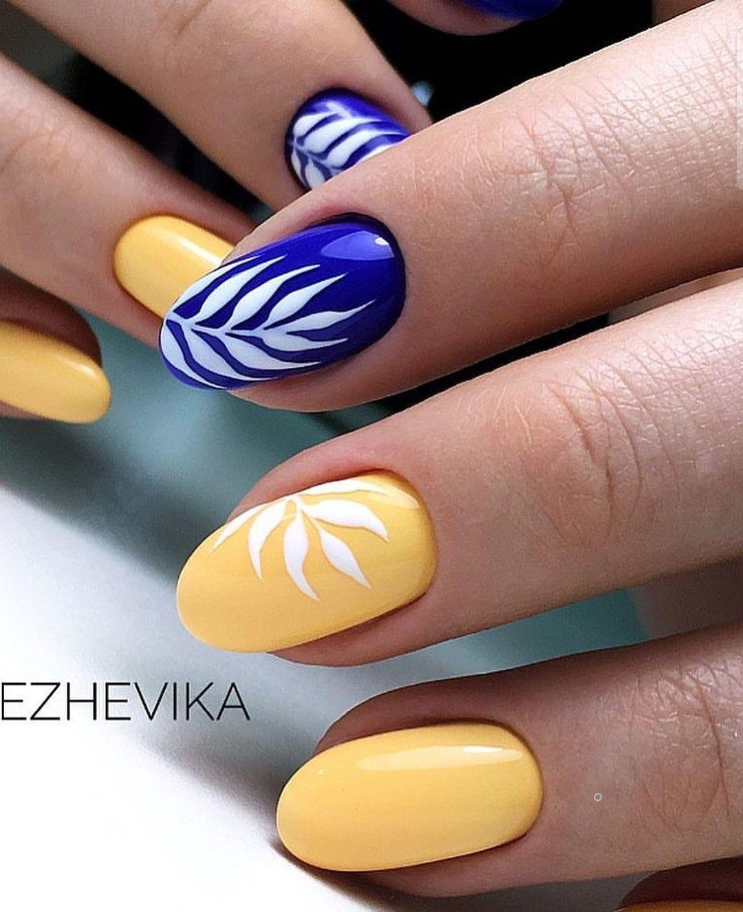 Blue & Yellow nail design | NAILS & TOES DESIGNS в 24 г ...