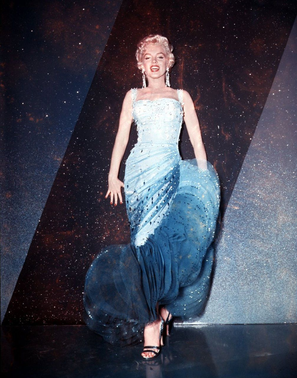Marylin in a blue gown