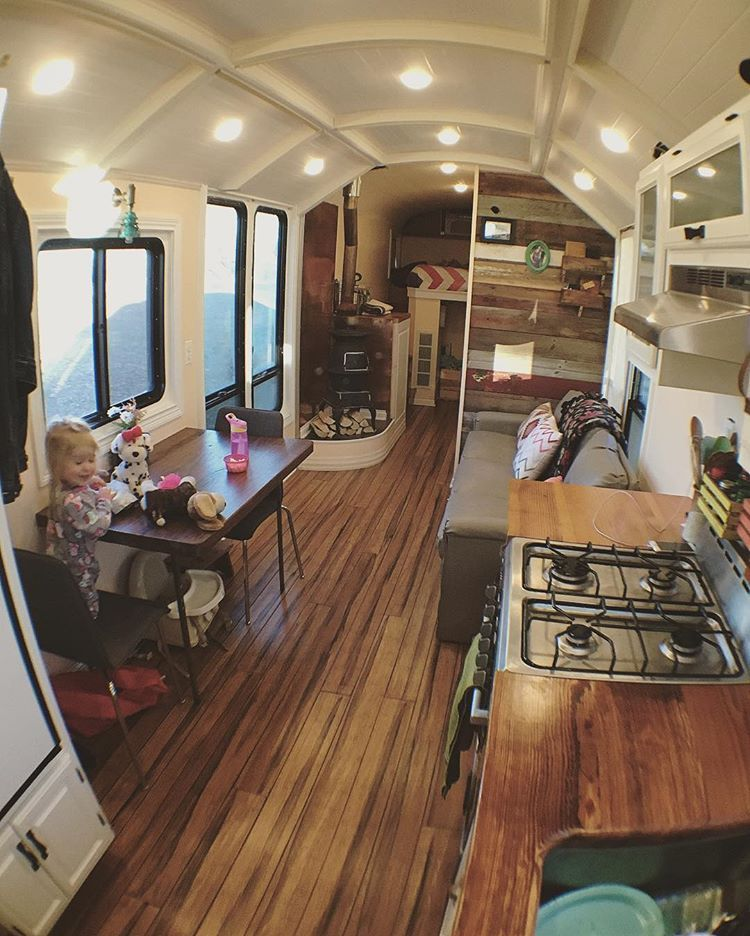 school buses are cool buses tiny house van life rh pinterest com cool house base designs cool house building ideas