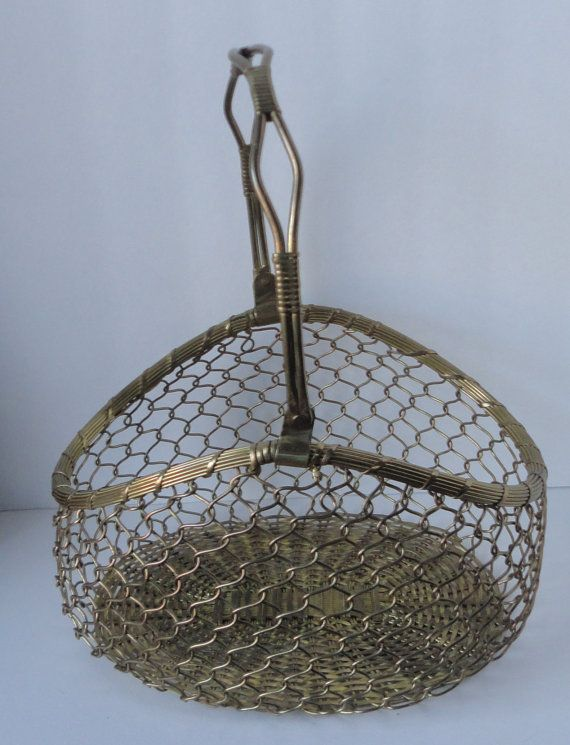 Vintage Wire Basket. Brass Tone Metal Basket by Cosasraras on Etsy