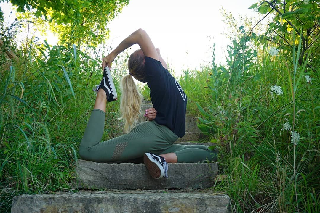 Nature is not a place to visit - its home. ❤🥰 . . . . . #yoga #igyoga #stretch #indy #practice #yogi...