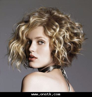 شعر كيرلي قصير Curly Hair Styles Thick Hair Styles Hair Styles