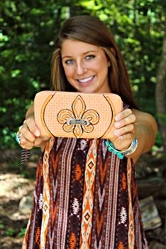 Miss Me Zip Around Wallet - Coral $44.00 #SouthernFriedChics