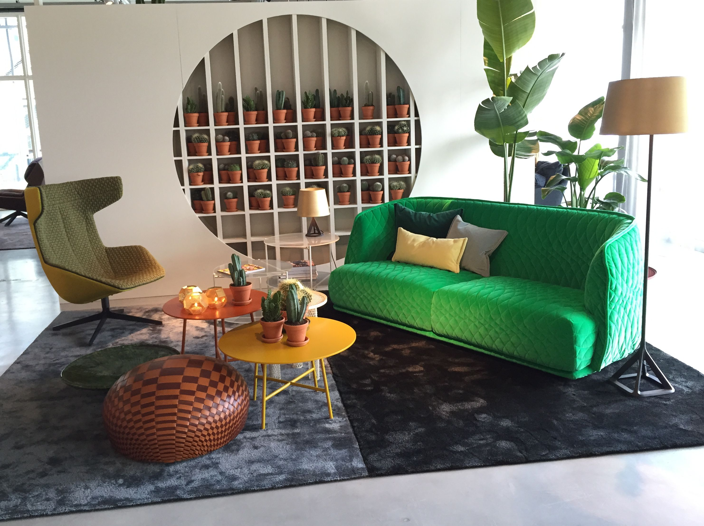 Urban Sofa Nederland Moroso Showroom Amsterdam Redondo Take A Line For A Walk Burik