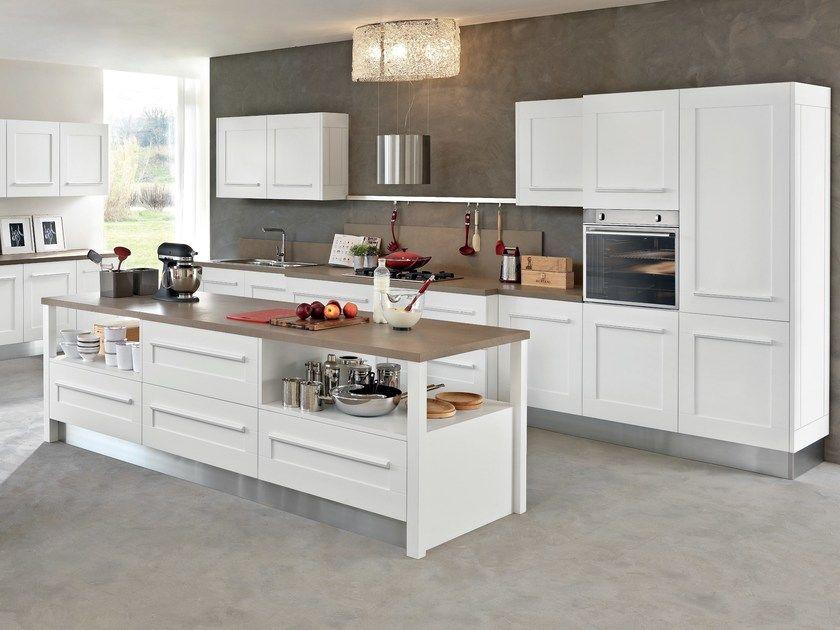 Cucina con isola con maniglie integrate GALLERY | Cucina con ...