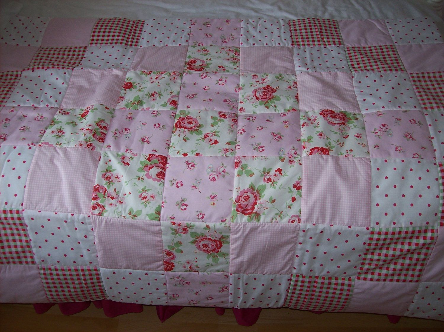 shabby chic quilts | Cath Kidston Shabby Chic Patchwork Cot or bed ... : shabby chic patchwork quilts - Adamdwight.com