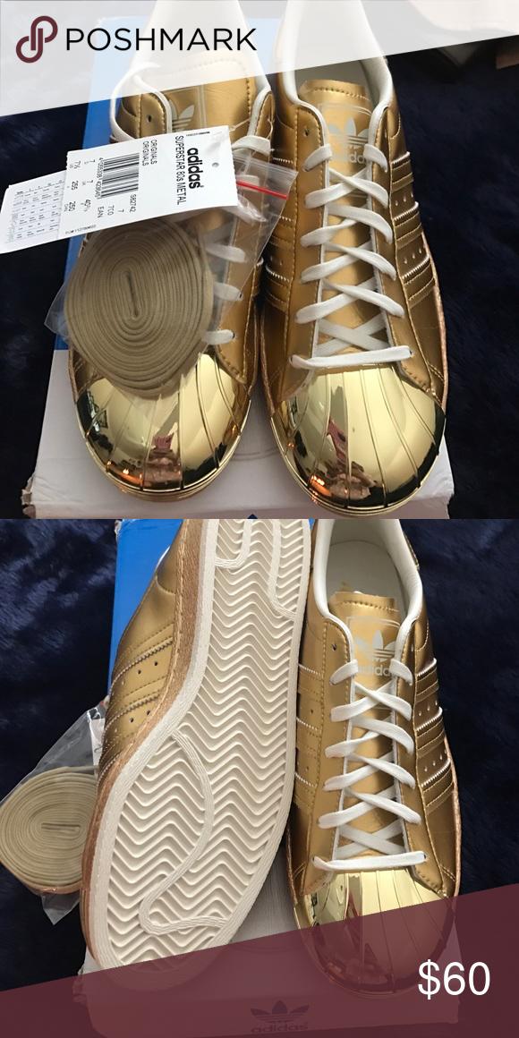 Adidas super estrella de oro del metal de los 80 un par de Super Star 80 Sneakers