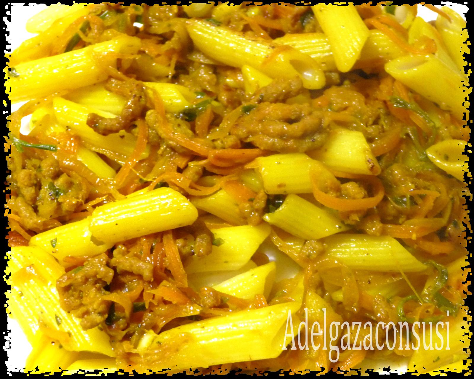 Macarrones con carne y verduras (1/2)  Cals: 304kcal | Grasa: 5,71g | Carbh: 42,12g | Prot: 20,67g  Plato único rico en proteinas, hidrat...