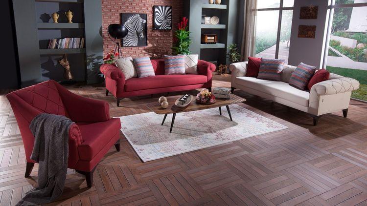 Rote Couch Wandfarbe Dunkelgrau Helle Kissen Teppich Creme