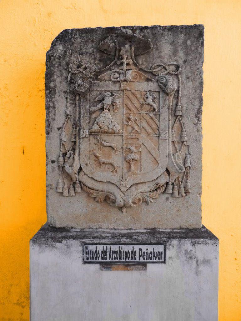 Escudo del Arzobispo de Peñalver, Antigua Guatemala