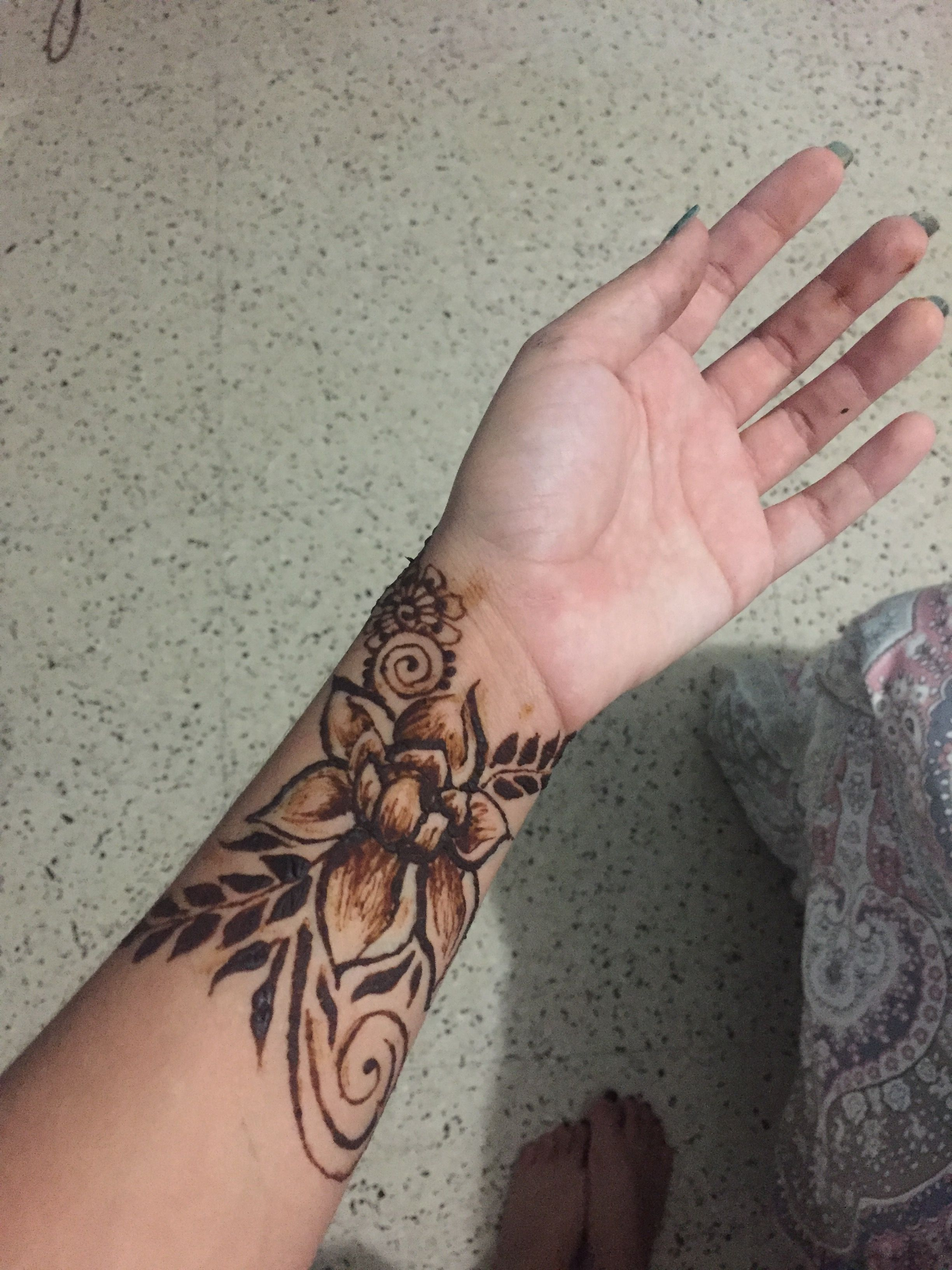 Pin by Andrea M Rodriguez on Henna by Andrea Hand henna