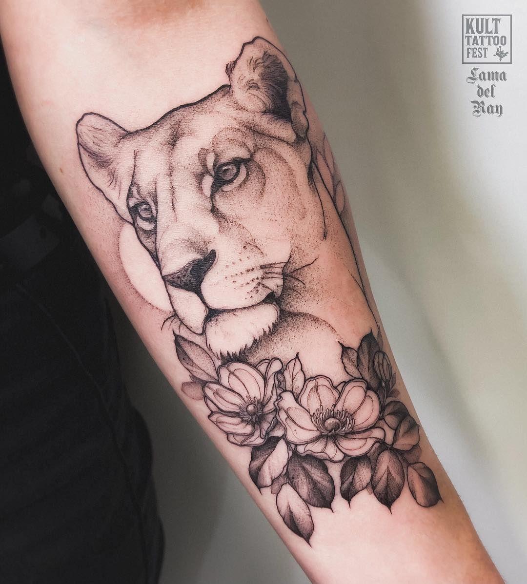 "Photo of 🐱Anna Kiełtyka🐱 sur Instagram: ""Lioness Dons at @kulttattoofest #l …"