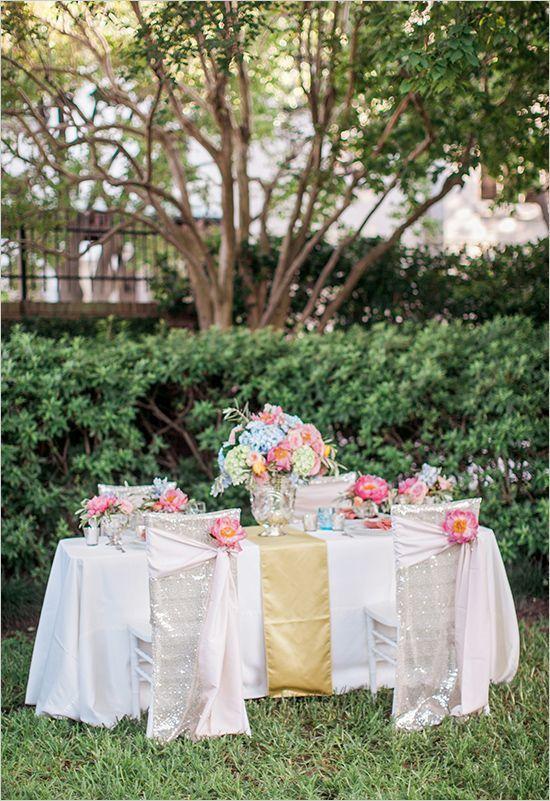 garden reception tablescape @weddingchicks