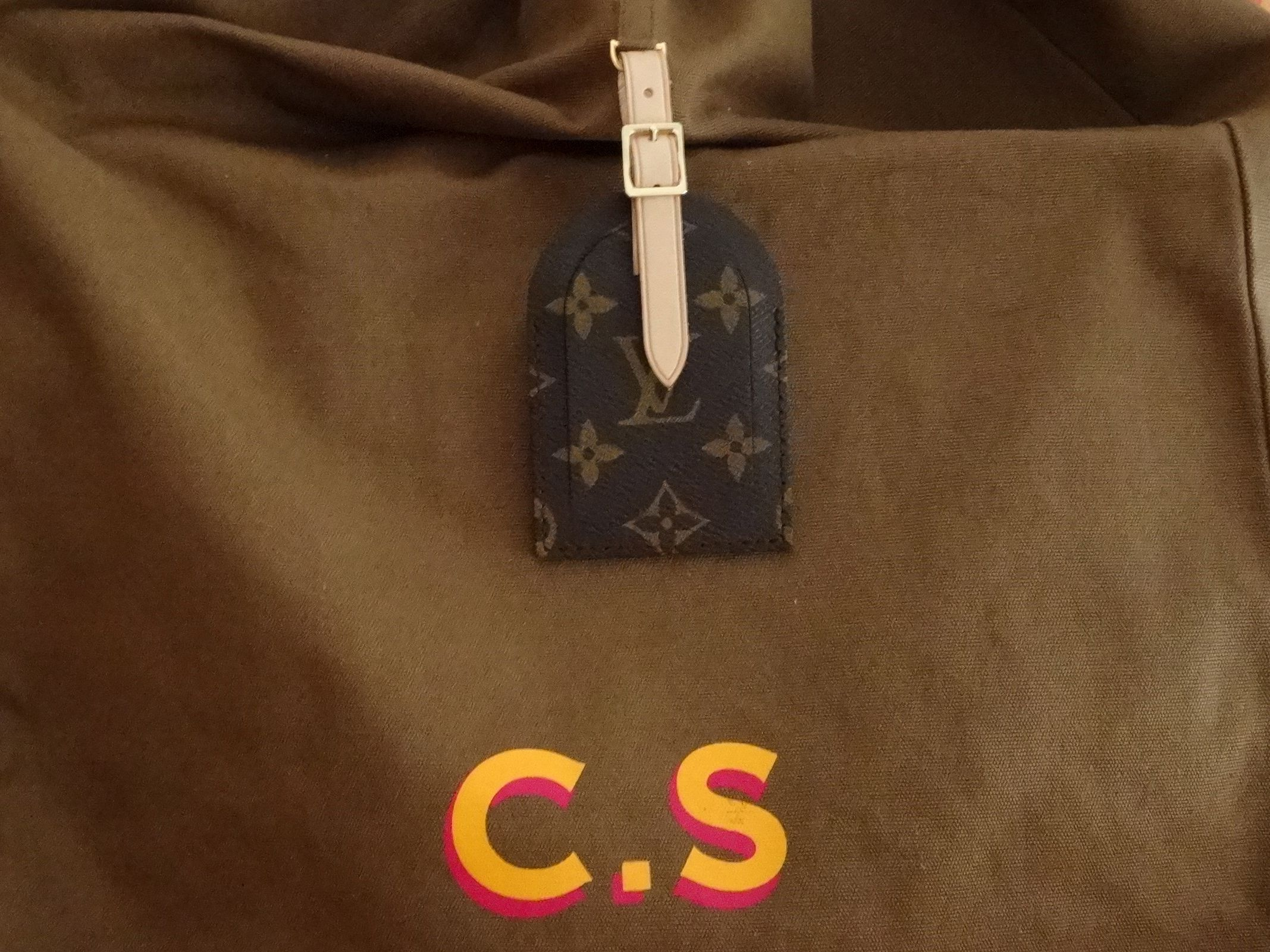 louis vuitton celebrating monogram 2014 cindy sherman dust bag and monogram luggage tag. Black Bedroom Furniture Sets. Home Design Ideas