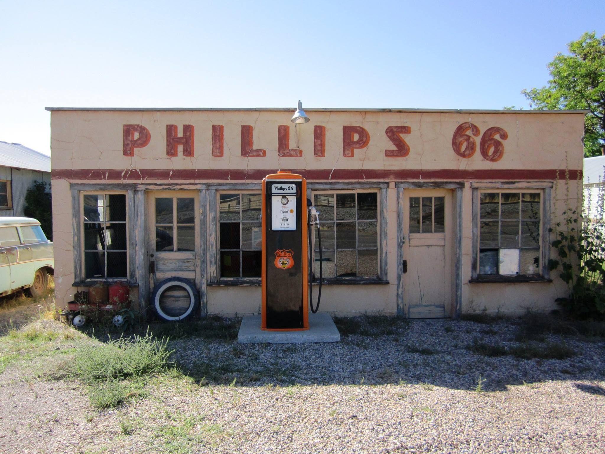 Leamington, Utah Phillips 66