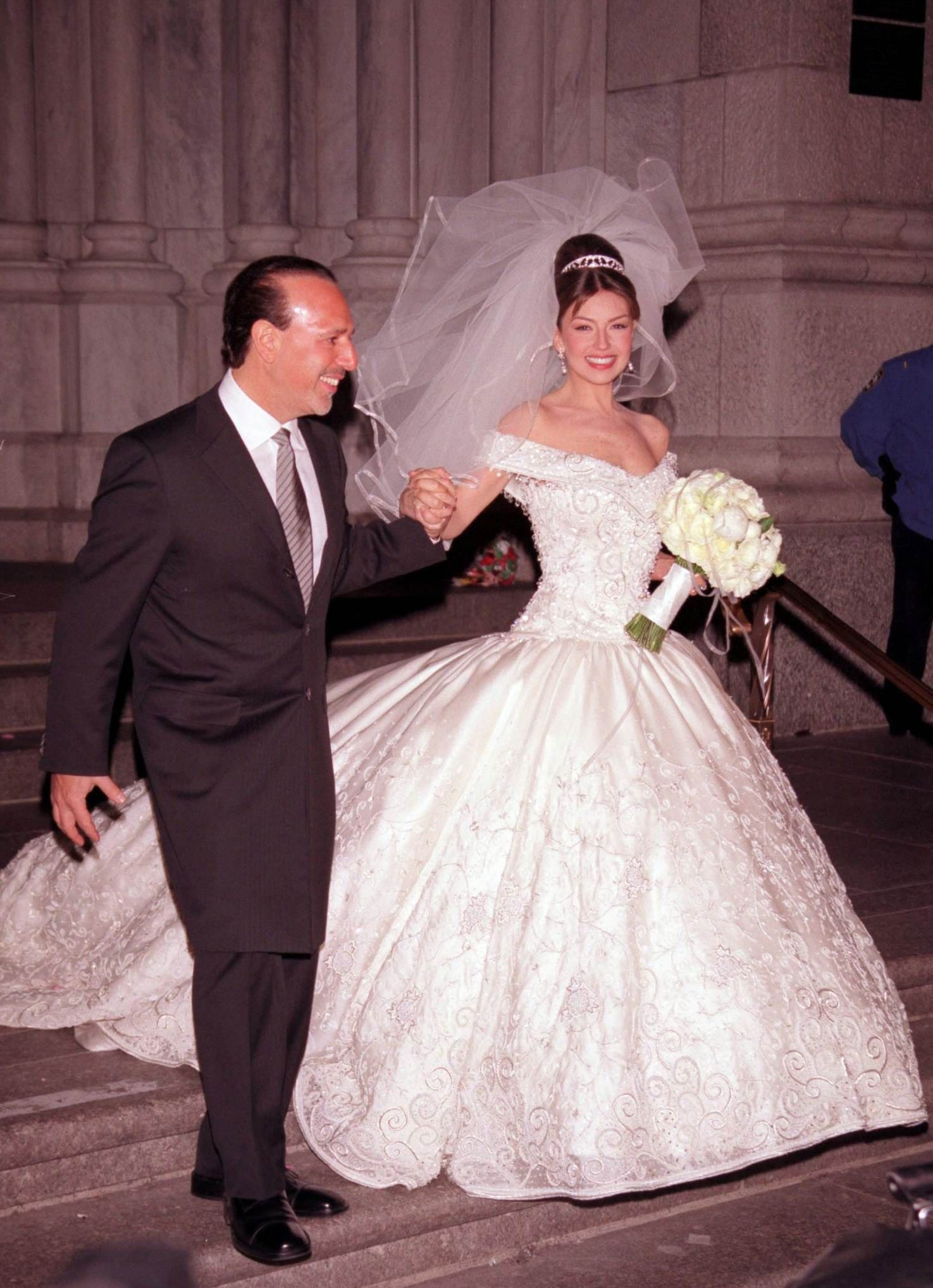 Thalia Mexican And Tommy Mottola Beautiful Wedding Dresses