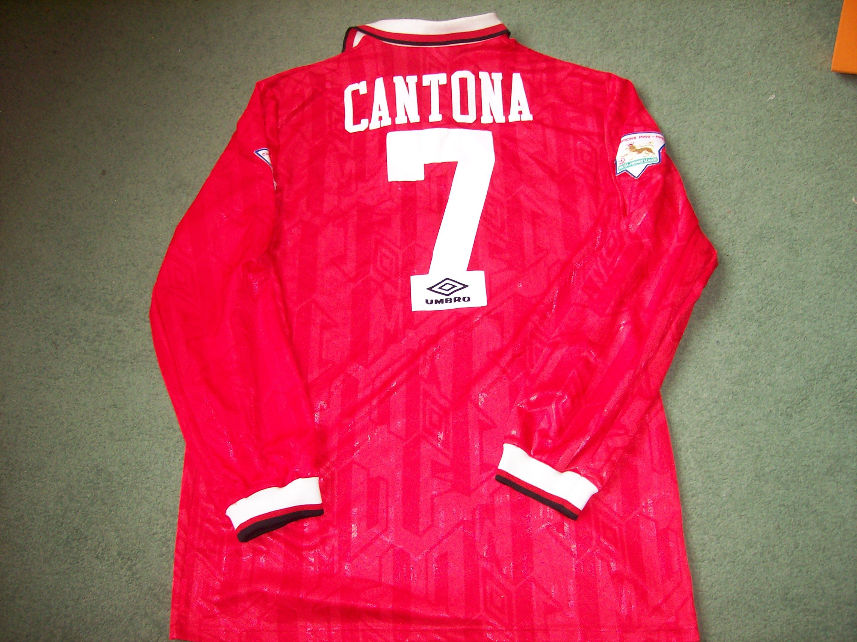 01f18c56d Manchester United L s Long sleeved football shirt from the 1993 94 season.  Player Issue Cantona   number 7 on the back