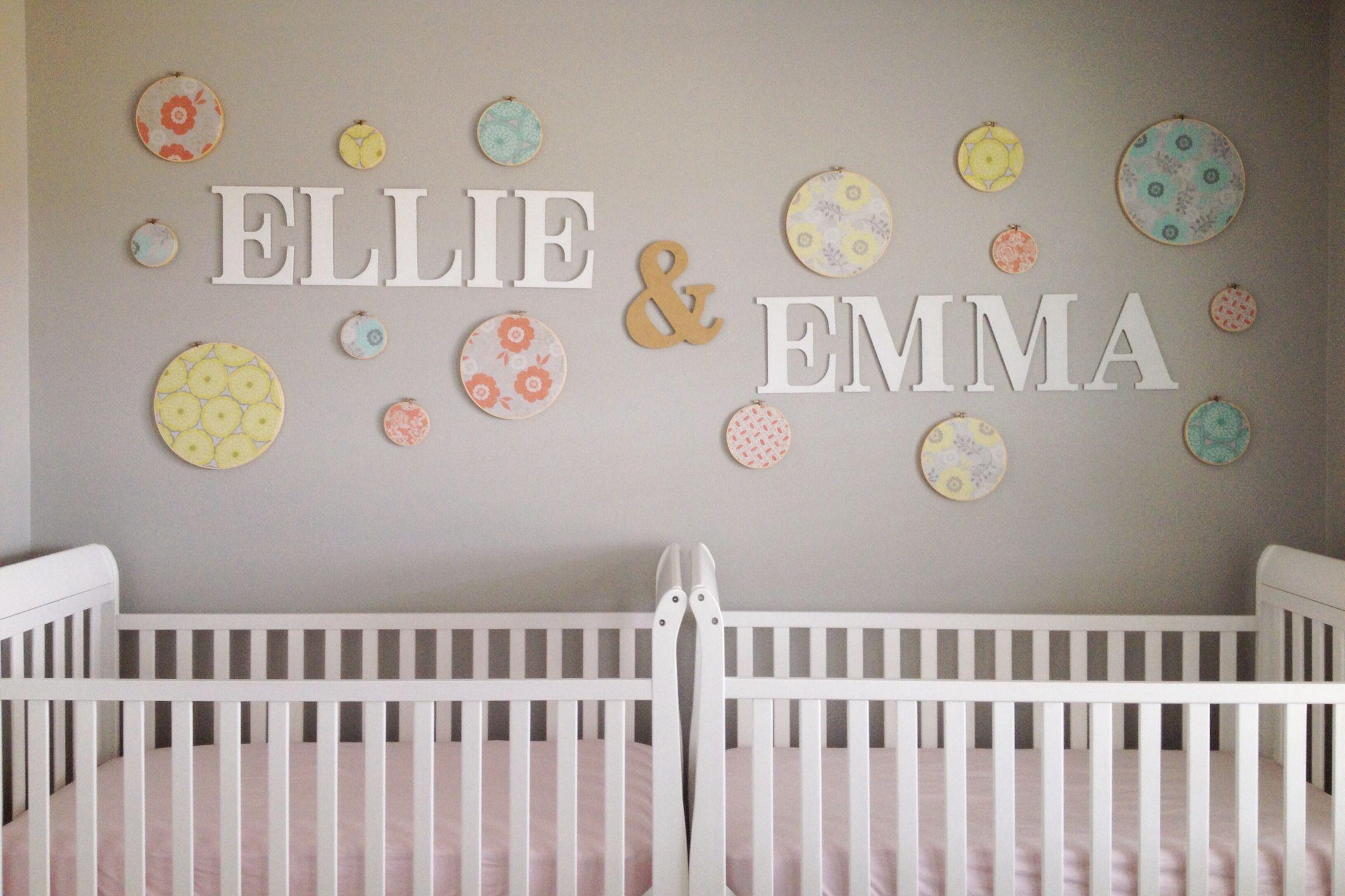 twin girls nursery twins pinterest baby kinderzimmer ideen und kinderzimmer. Black Bedroom Furniture Sets. Home Design Ideas