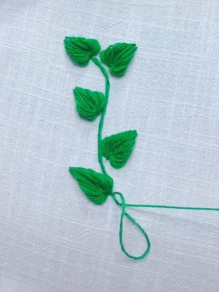 Simple leaf sewing pattern! 😉