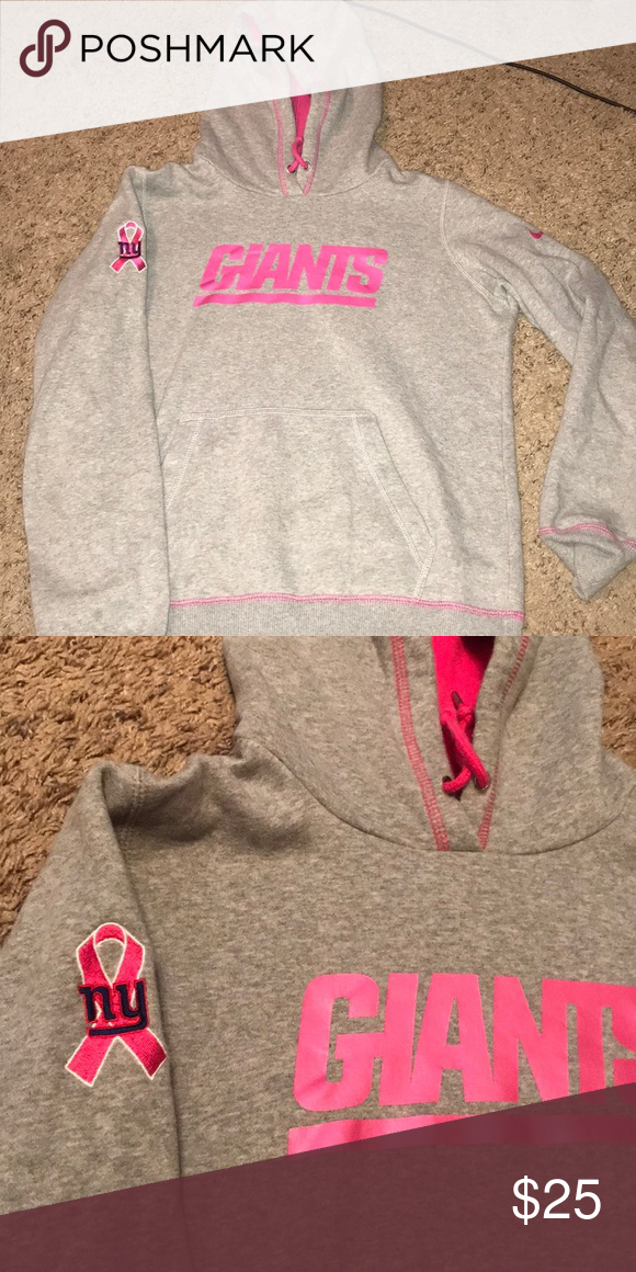 new concept 07ae3 3e0e6 New York Giants sweatshirt. Breast cancer edition Only worn ...