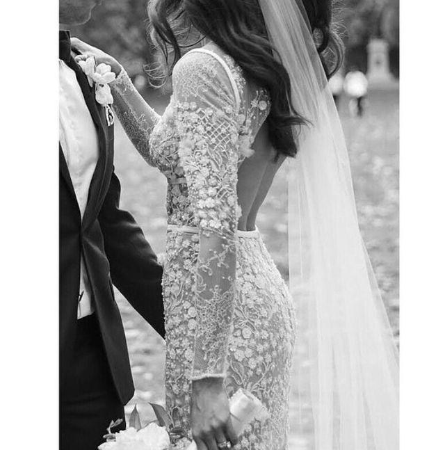 Form Fitting Wedding Gowns: Pin By Yvonne Deryngowska On Wedding