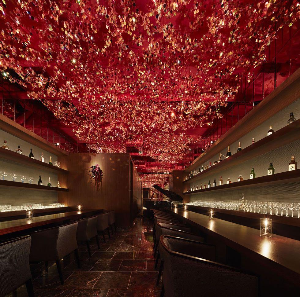 Cherry Blossom Ceiling Inside Ricca Bar Tokyo By Roito Bar Design Restaurant Restaurant Interior Design Japanese Bar