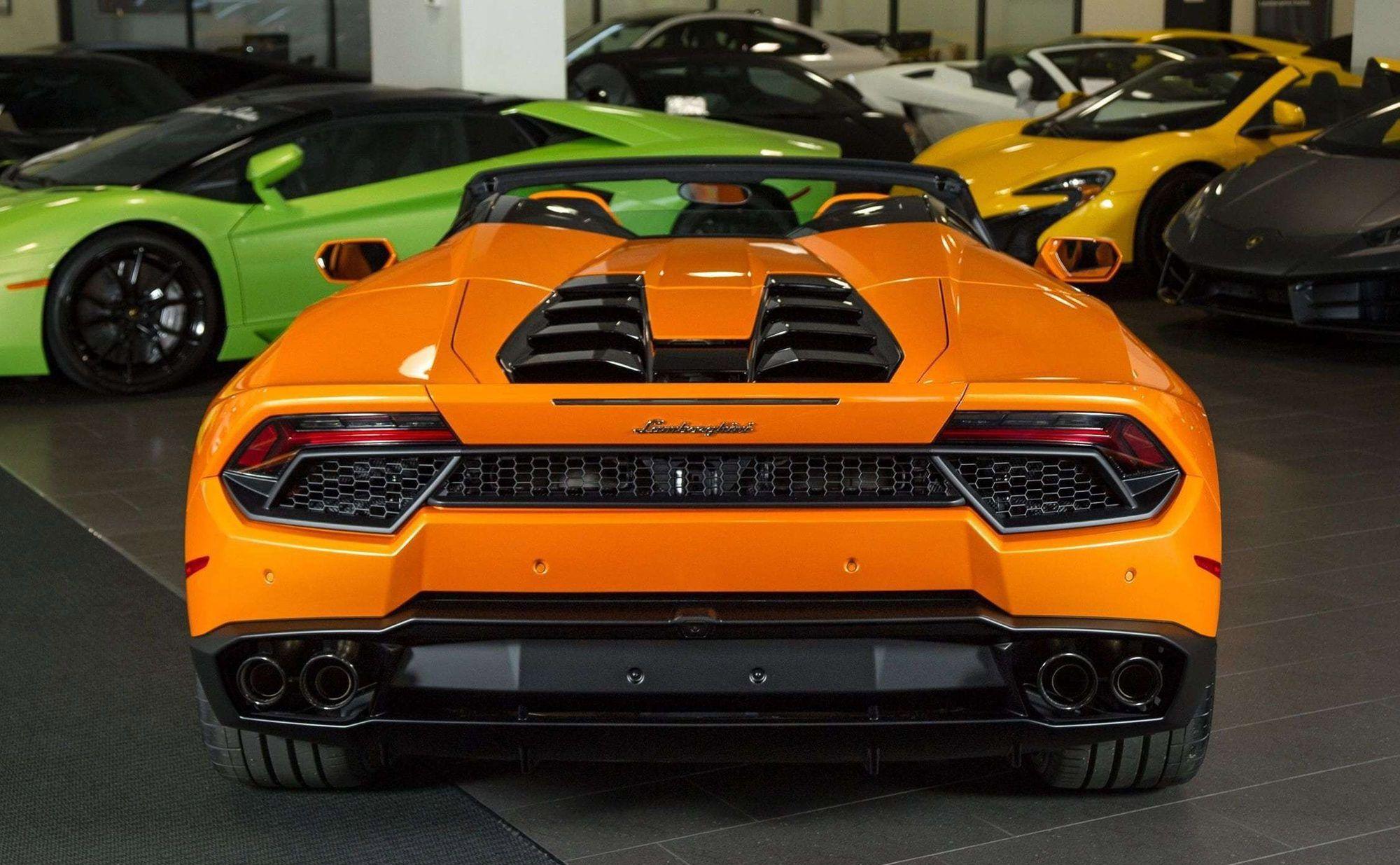 2017 Lamborghini Lp 580 2 In 2020 Super Cars Lamborghini Lambo
