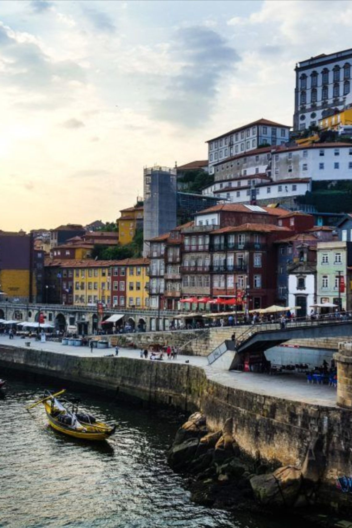 Una de las zonas más bonitas y concurridas de Oporto: su Ribeira