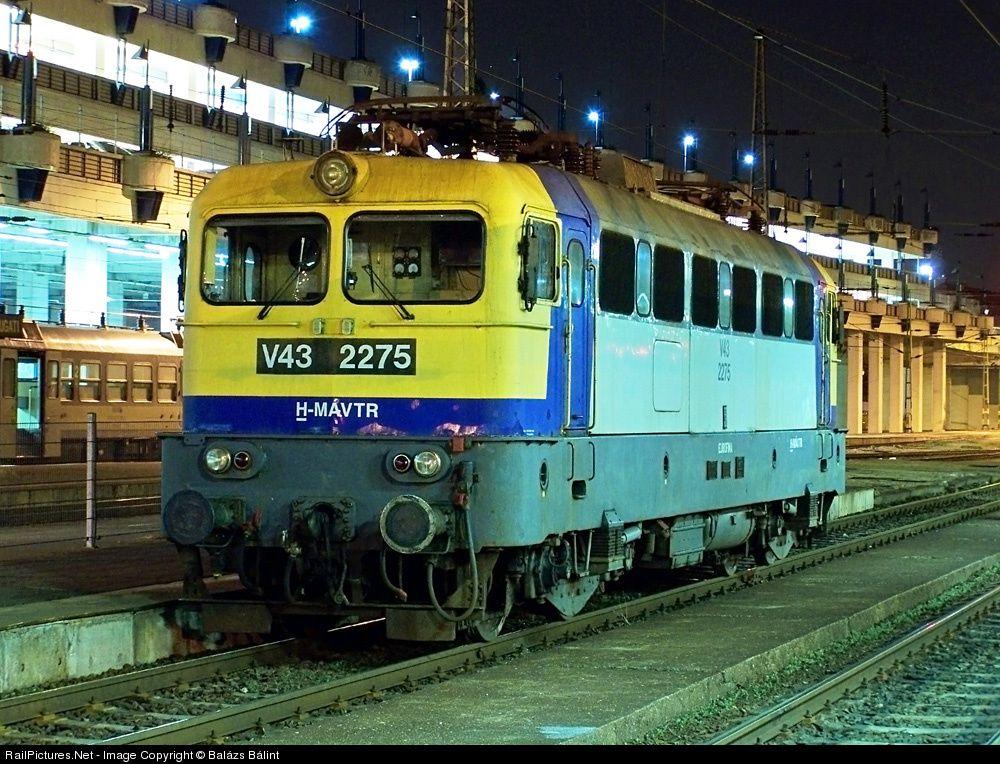 Railpictures Net Photo V43 2275 Hungarian State Railways Mav V43 At Budapest Hungary By Balazs Balint Hungary Budapest Train