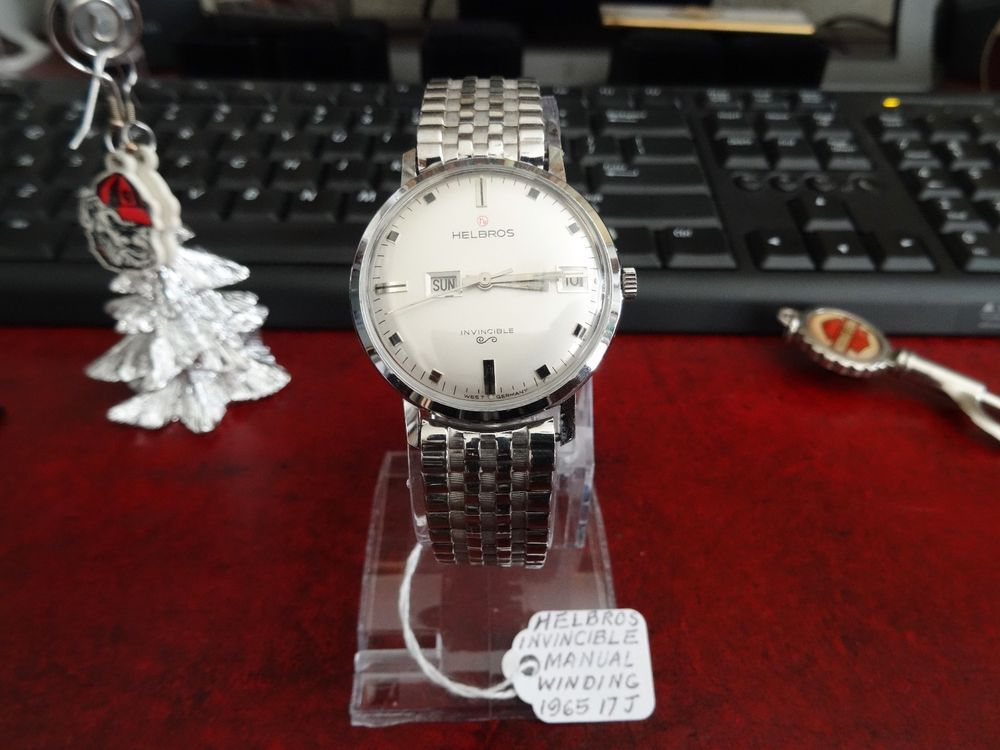 Vintage 1965 Helbros Invincible 17-Jewels Watch w/ 18mm Stainless Steel Band! #Helbros #LuxuryDressStyles