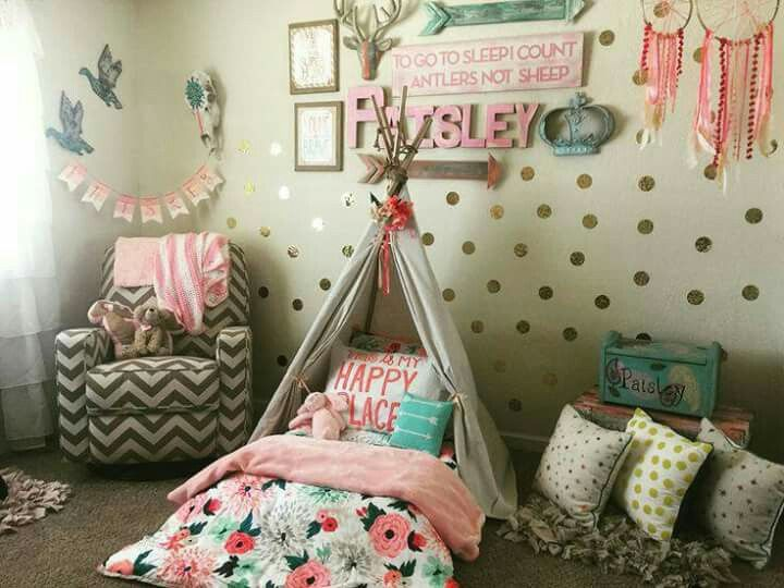 I\u0027ll eat how busy this is for some reason Kenna Room Pinterest