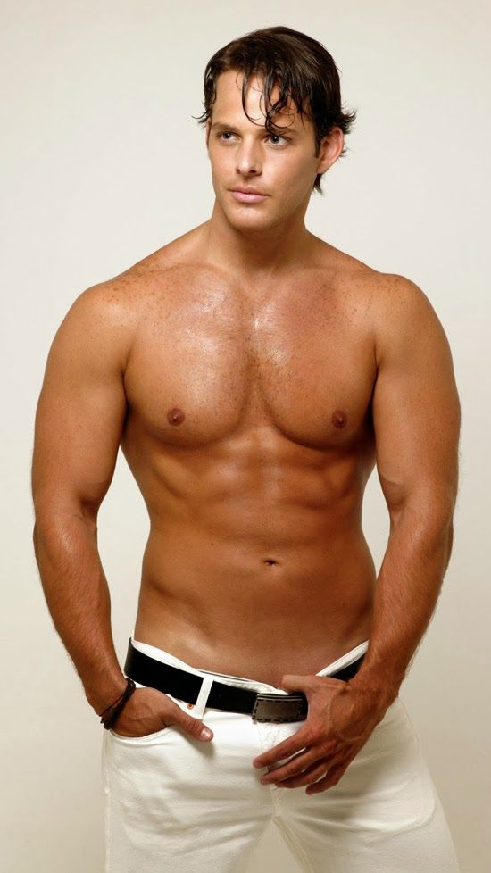 Actor Gay Pasivo Latino