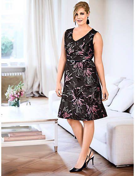 Cocktailkleid mit Blumen-Dessin | Shopping and Fashion