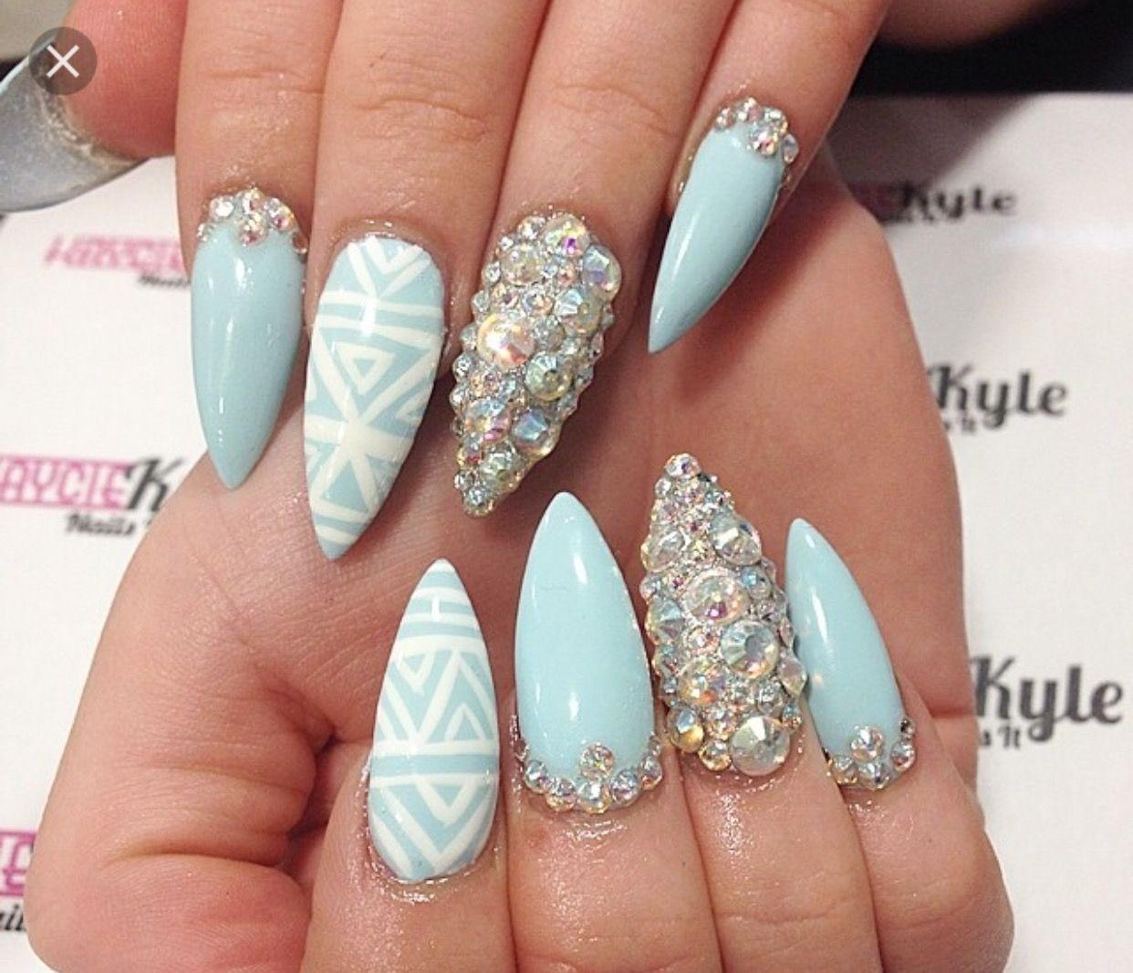 Pin by Amelia on Mack up, nails, fashion and hair | Pinterest ...