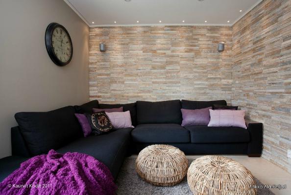 Intiimi nurkkaus | Livingroom
