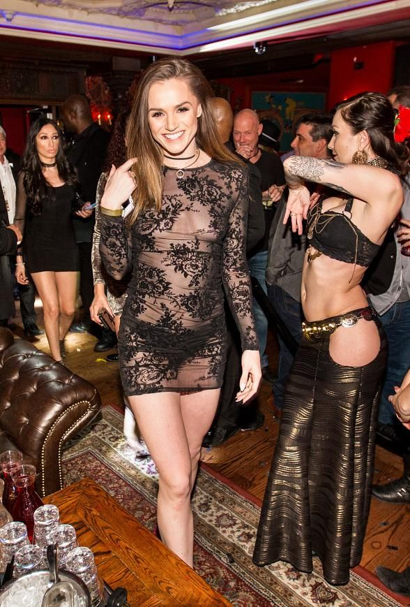 Adult Actress Tori Black Parties With Friends At House Of Blues Foundation Room Photo Credit Key Lime Photography