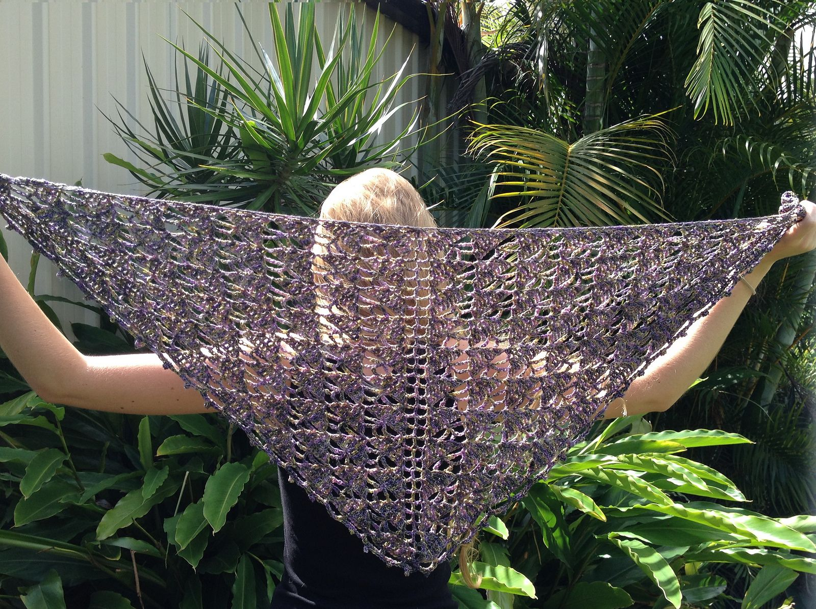 Ravelry: glasshouseleah's Staccato Shawl - pattern available in Inside Crochet and on Etsy
