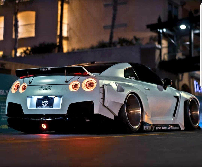 Rocket Bunny Nissan GT-R Owner @blazn_gtr insta Z_litwhips #nissangtr - photographia #nissangtr