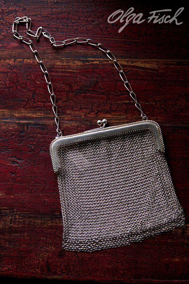 Cartera de plata tejida a mano, exclusivamente en nuestra tienda principal.