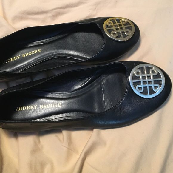 Audrey Brooke flats Hardly used Audrey Brooke Shoes Flats & Loafers