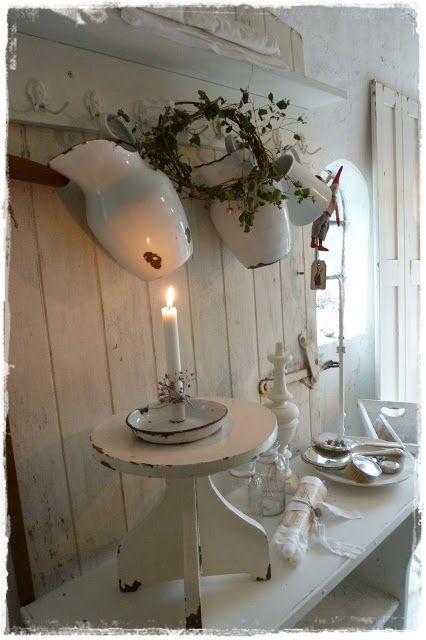 Lilleweiss Wall Shelves And Boxes Shabby Chic Terrasse Shabby