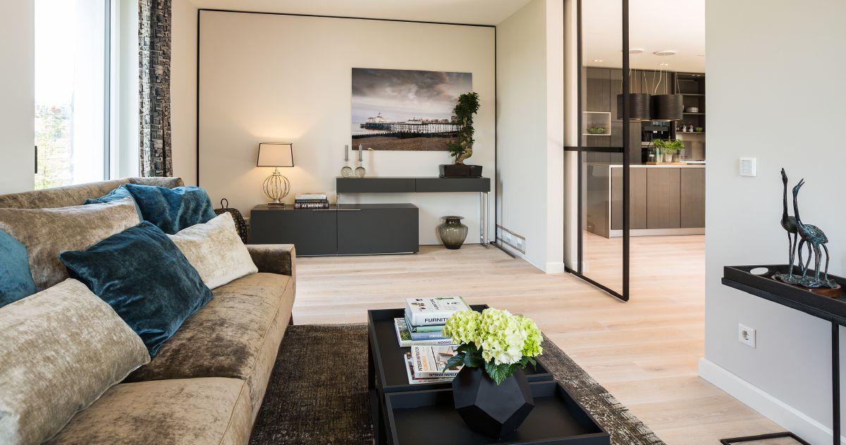 Glamouröses Wohnzimmer im Natur-Design von Bau-Fritz GmbH  Co KG - wohnzimmer modern bilder