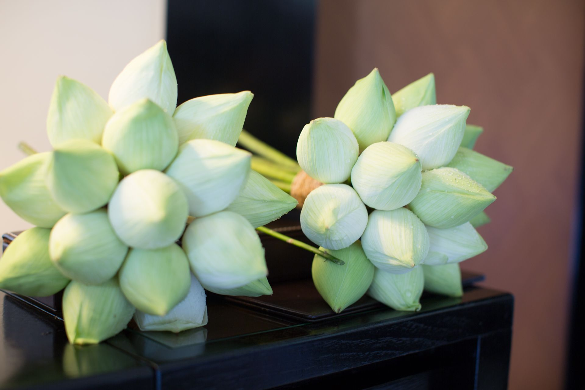 Closed lotus flower bouquet cm hoa in 2018 pinterest wedding closed lotus flower bouquet thailand wedding flower bouquets bridal bouquets lotus flower izmirmasajfo