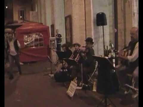 il violinista popolare Bruno Landi di San Clemente in Val Sillaro ci ha lasciato questa bella testimonianza del suo repertorio, un dolce valzer che fu già un...